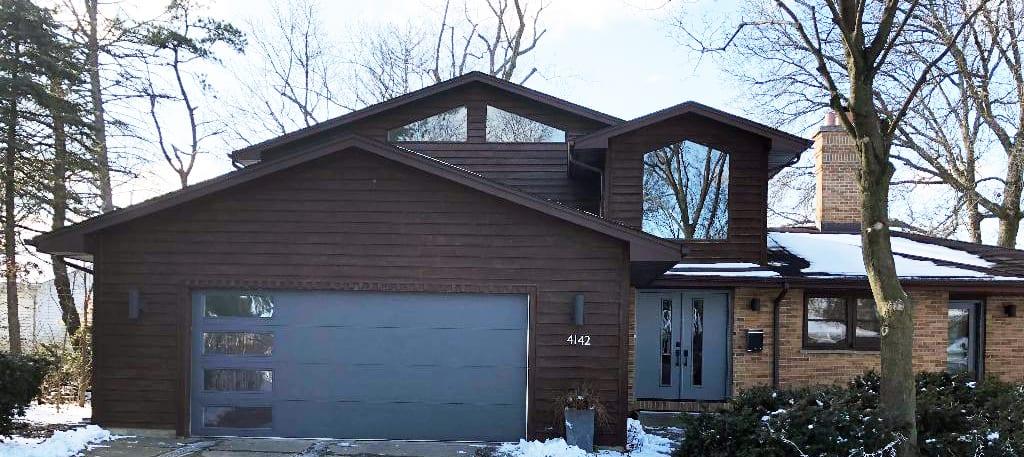 garage and overhead doors in north aurora